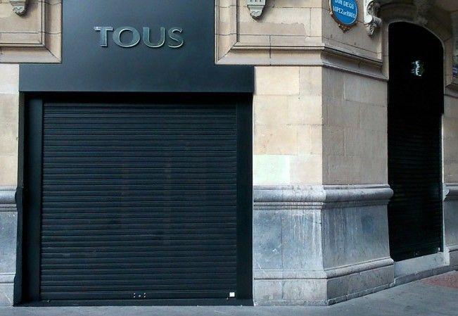 Foto 32 de Puertas automáticas en Trapagaran | Automatismos y Cierres Alman