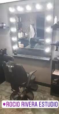 estrenamos look en nuestro salon }}