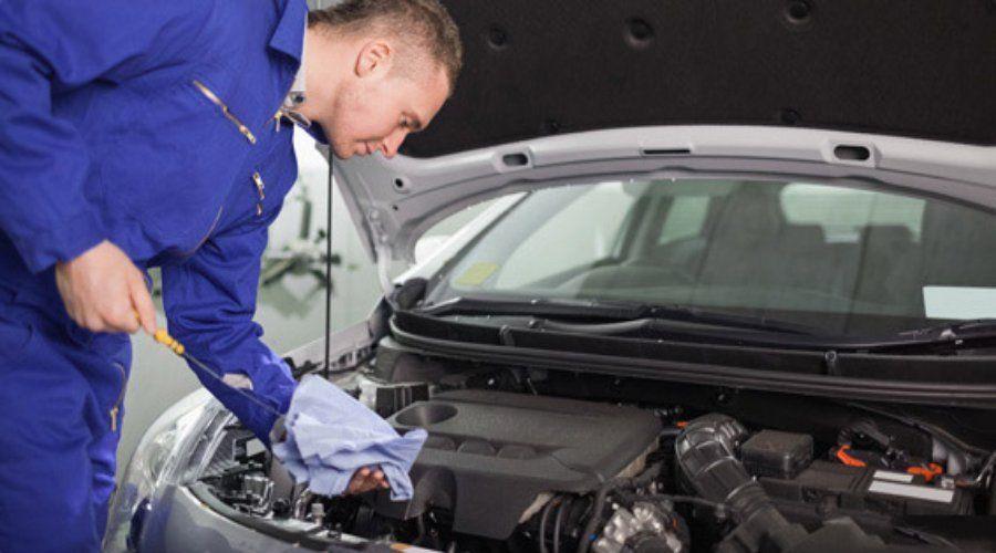 Reparación de motores: Servicios de Talleres Valdespartera