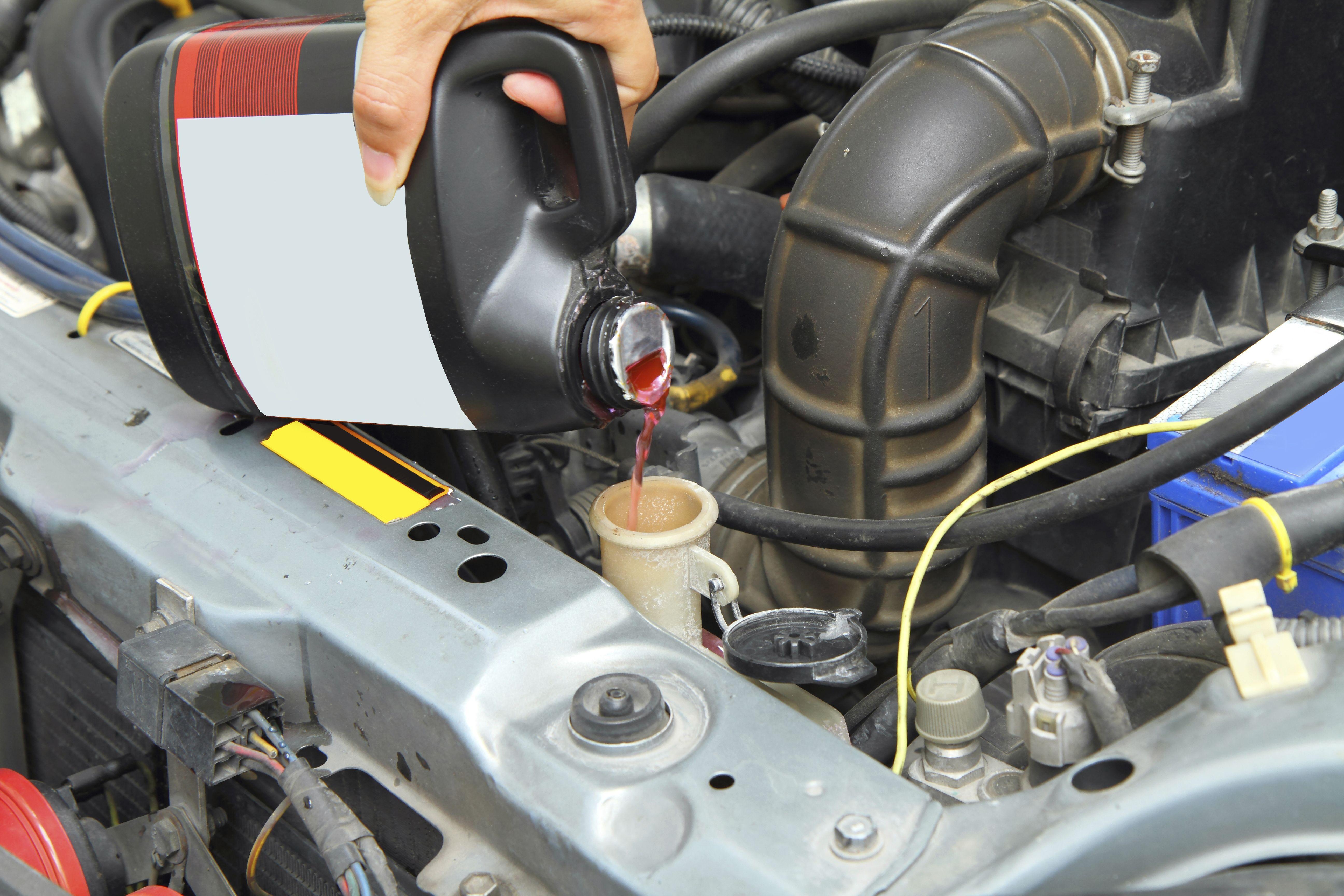 Mecánica rápida: Servicios de Hogar del Taxista