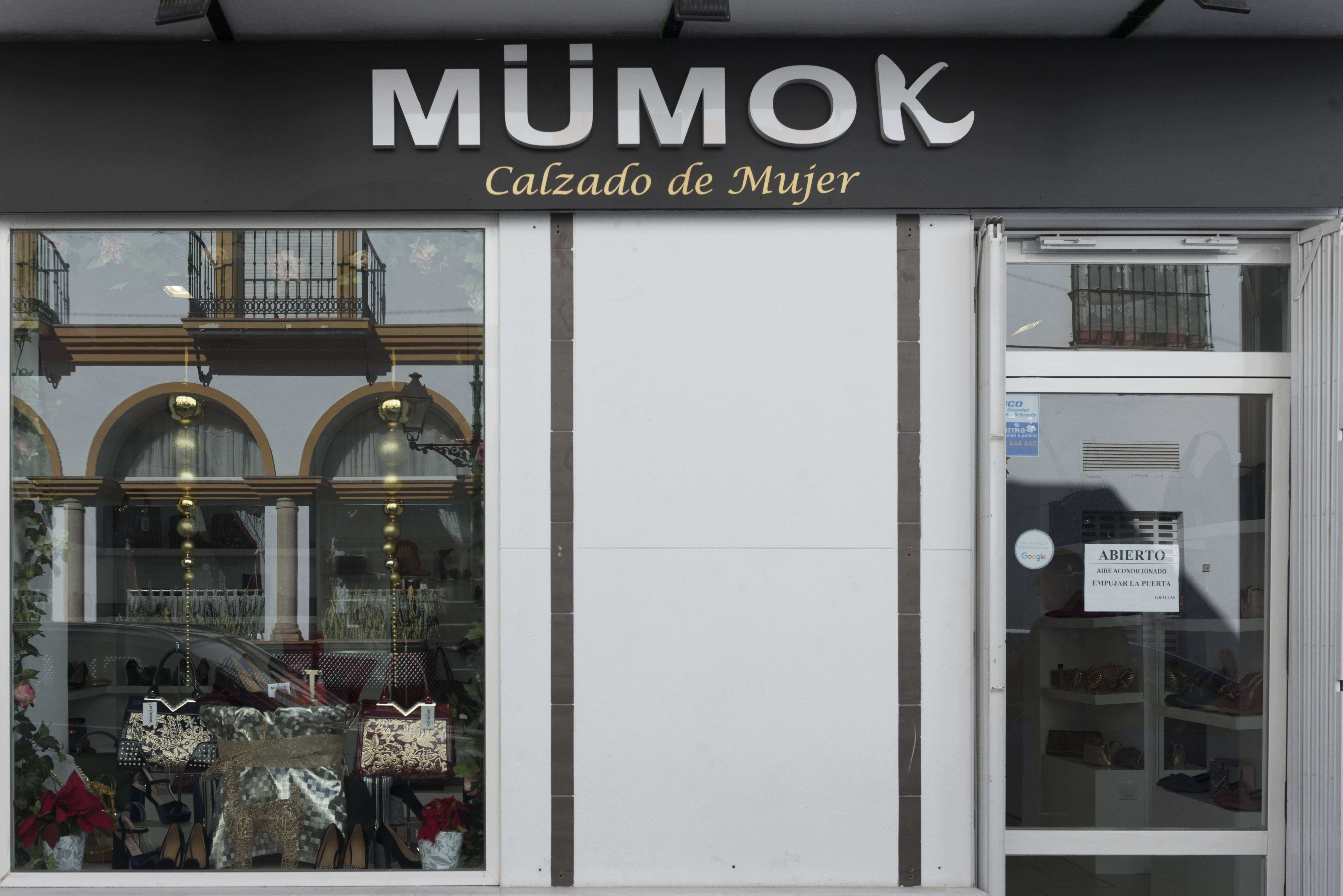 Rótulos para locales comerciales en Cádiz