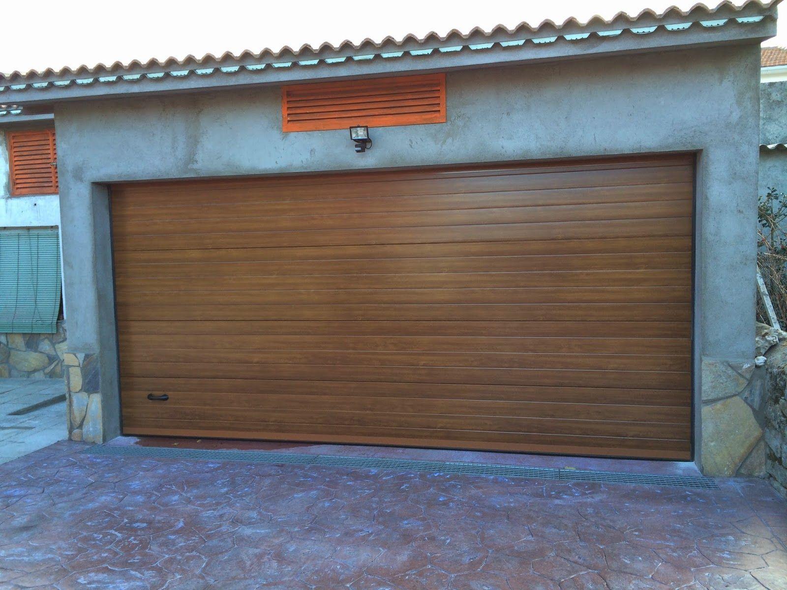 Puertas metálicas para garajes