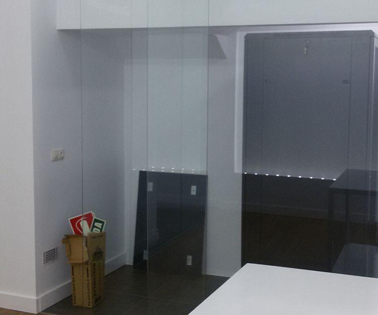 Puertas y ventanas de cristal en Córdoba