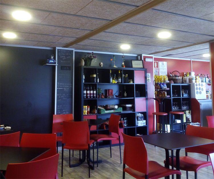 Instalaciones del bar en Sant Antoni de Vilamajor
