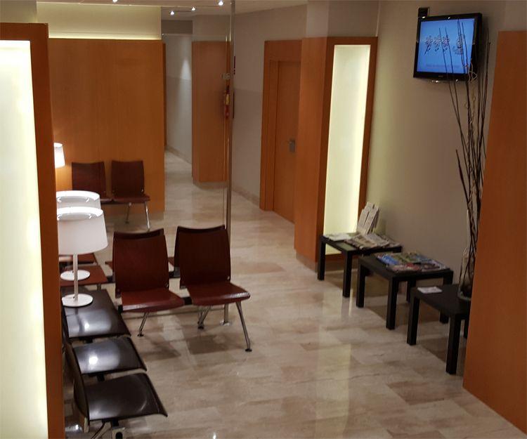 Instalación de muebles para oficina en Sant Antoni de Vilamajor