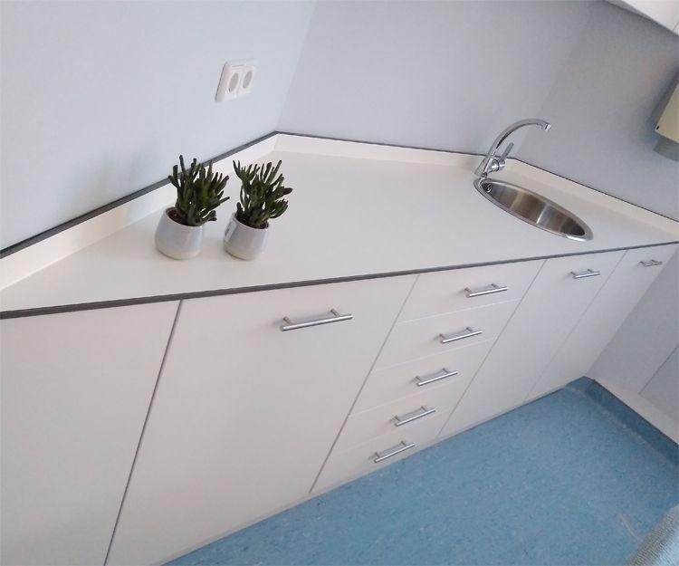 Muebles para laboratorio en Sant Antoni de Vilamajor