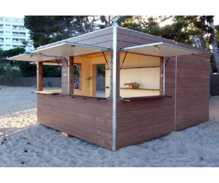 Fabricación de chiringuitos de playa en Sant Antoni de Vilamajor