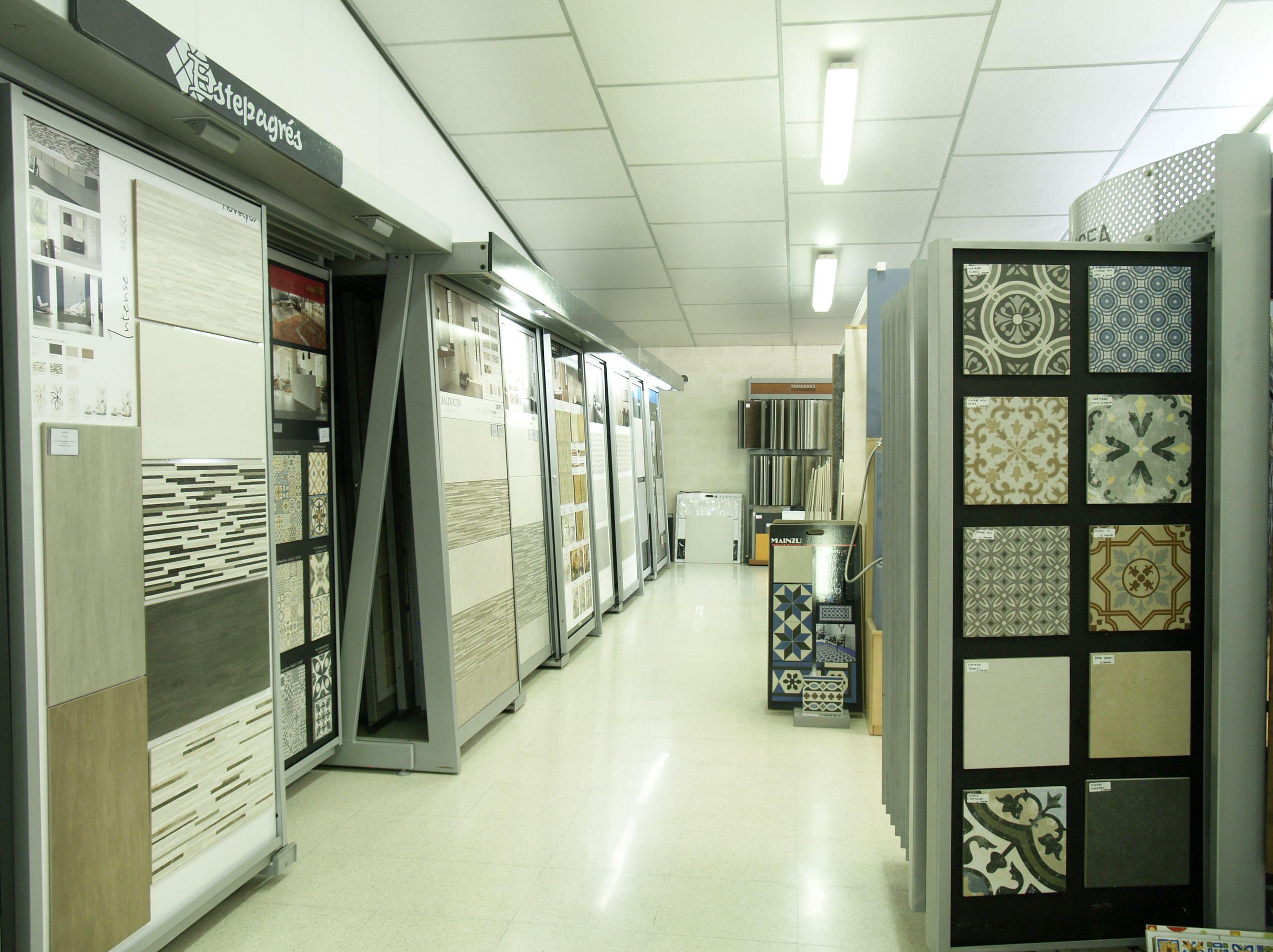 Amplia exposición de azulejos para cada estilo