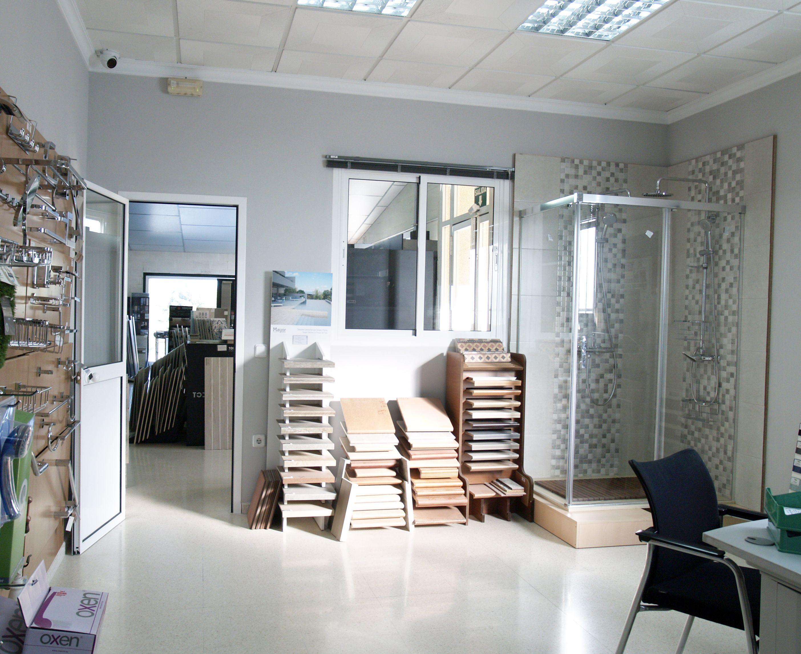Gran variedad de azulejos y pavimentos en Estepa