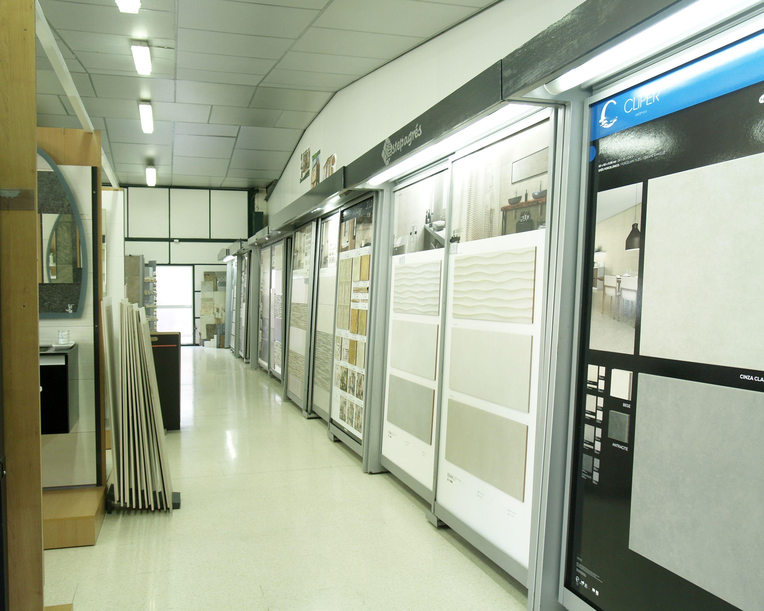 Exposición de azulejos en nuestra empresa en Estepa