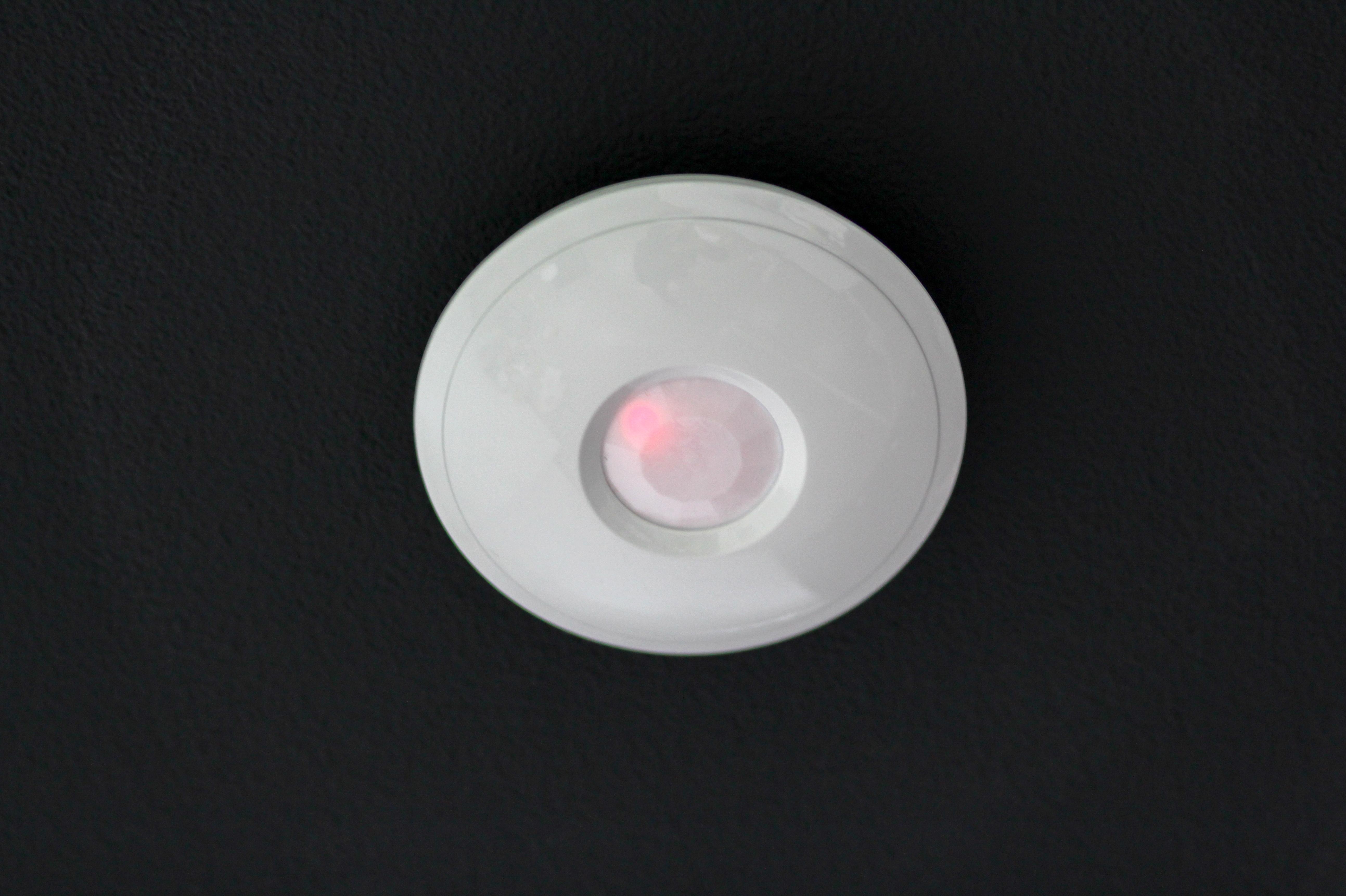 Detector infrarrojo de techo