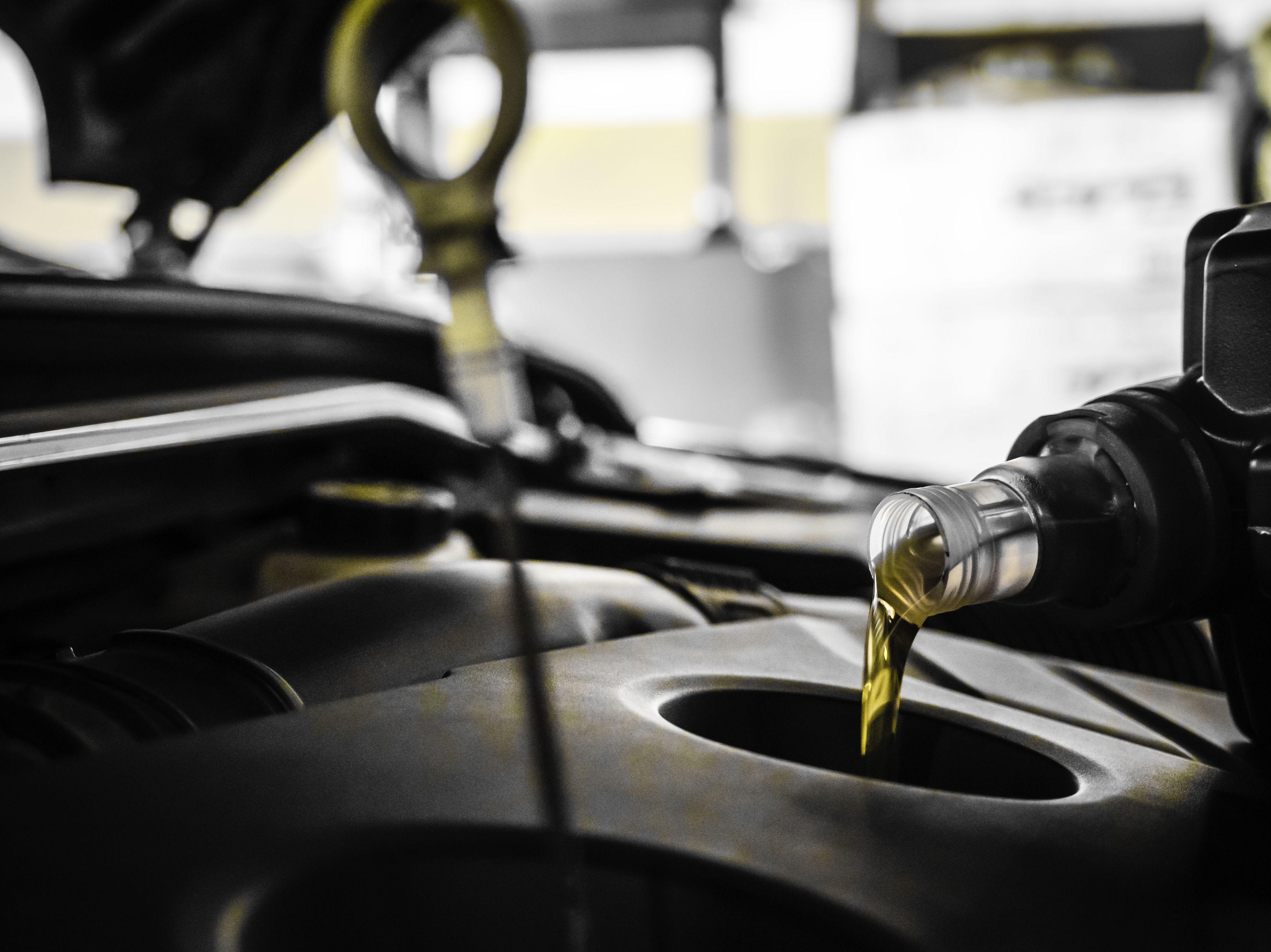 Cambio de aceite y filtros : Servicios  de Talleres Goyo Calvo