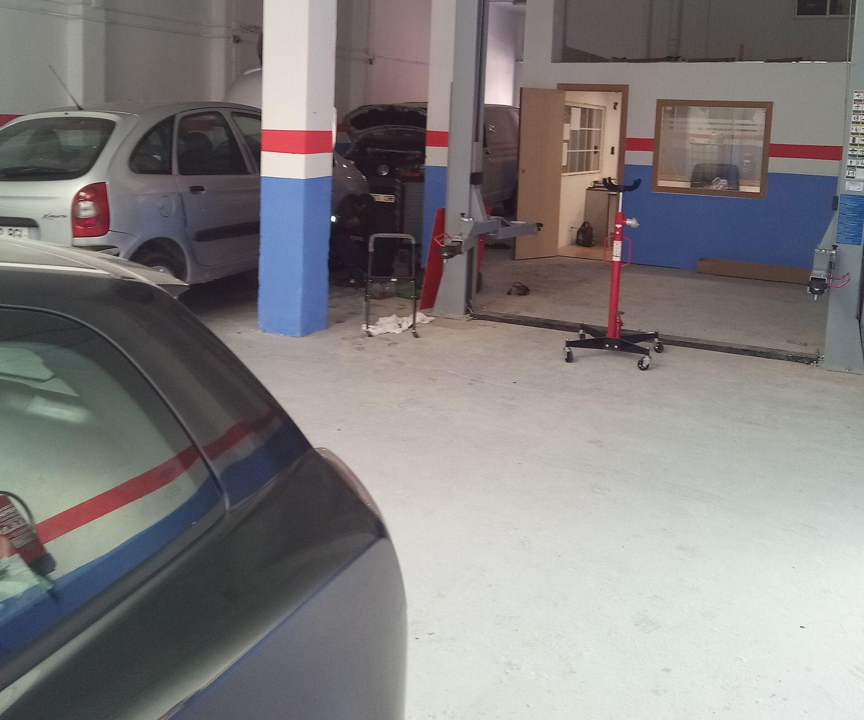 Ofrecemos servicios de mecánica general  en Zaragoza