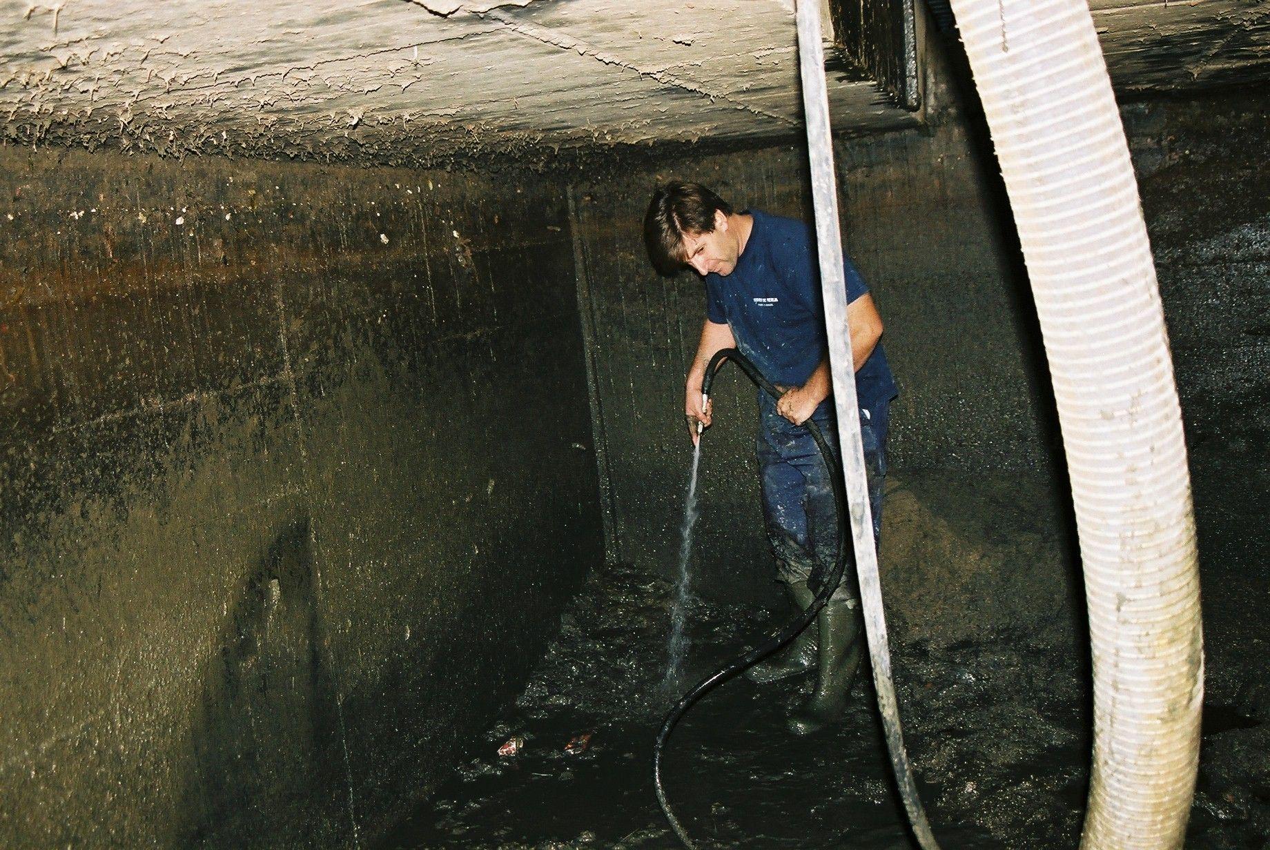 Limpieza depósitos Barcelona