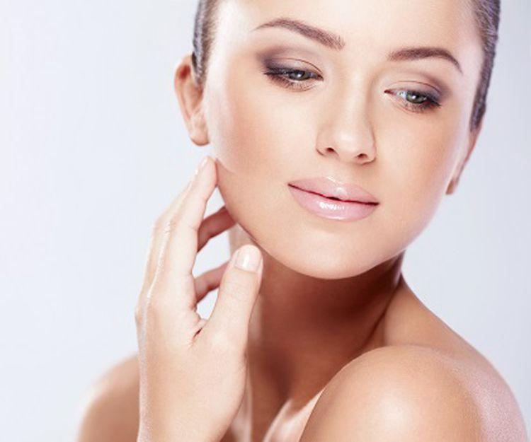 Tratamientos faciales: Servicios de SantaMonica Aesthetics