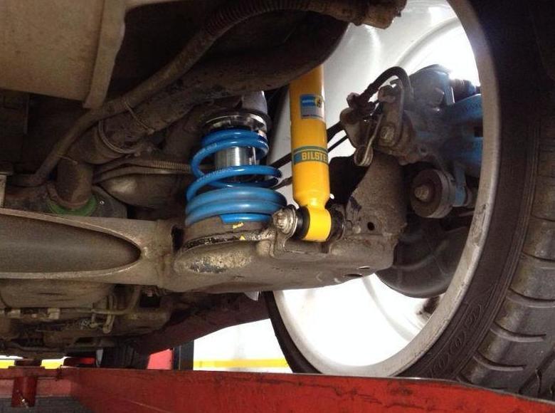 Amortiguadores: Taller mecánico de L & A Motorsport
