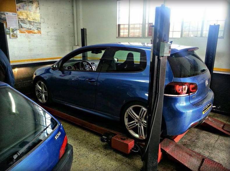 Frenos: Taller mecánico de L & A Motorsport