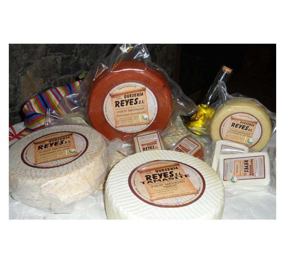 Especialidades: Productos de Quesería Reyes