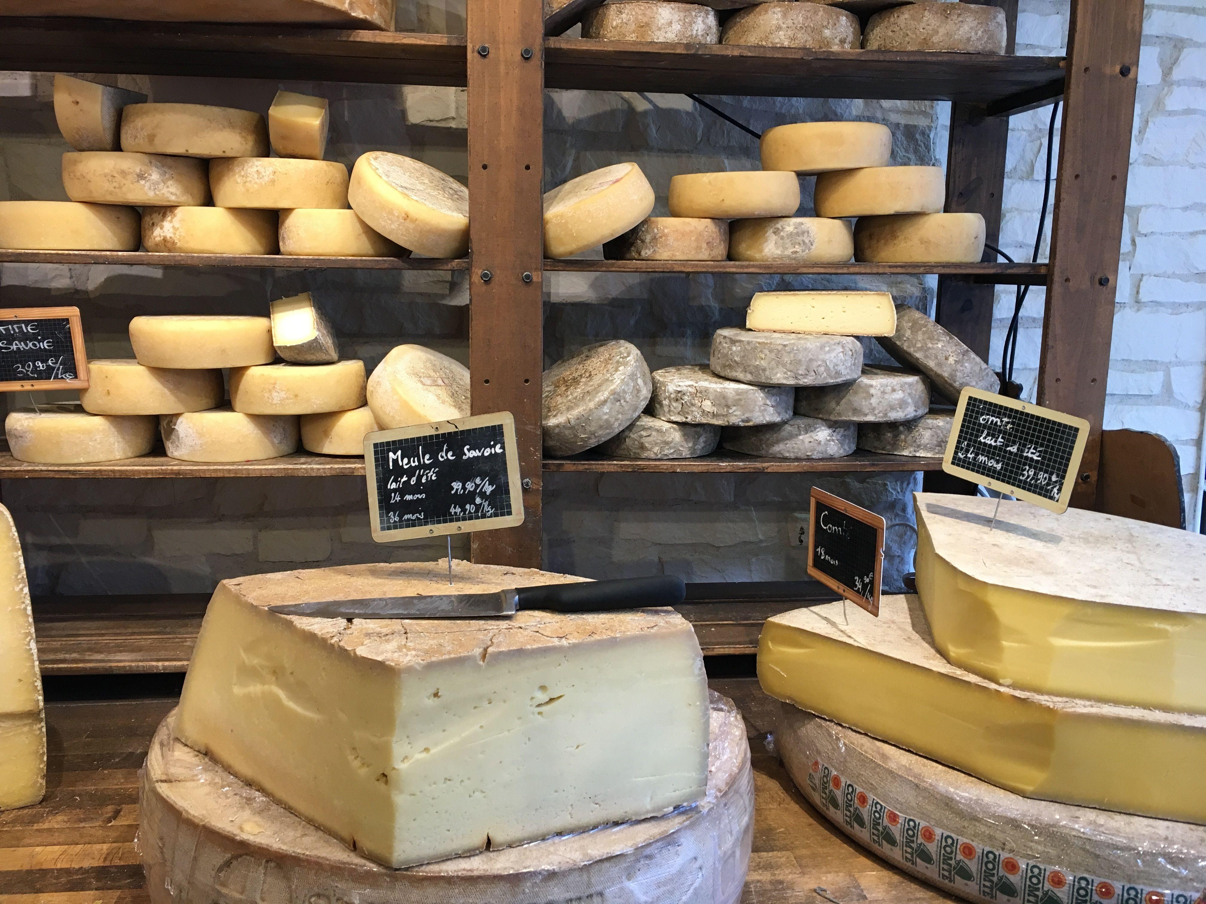 Distribuidores de queso de cabra