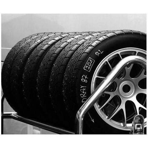Neumáticos: Servicios  de Sagrera Automoció
