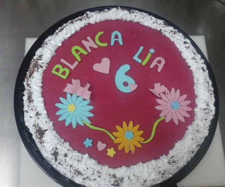 Tarta de cumpleaños para Blanca y Lía