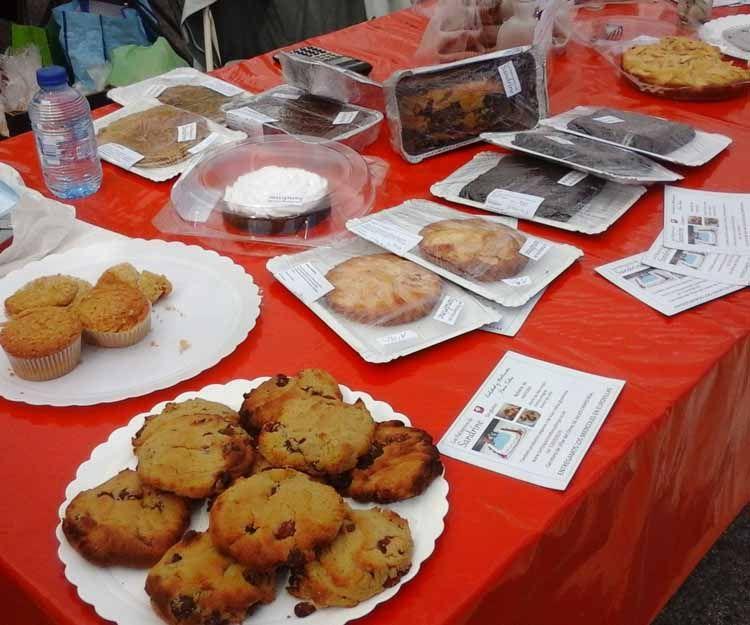 Mesa de productos de pastelería vegana