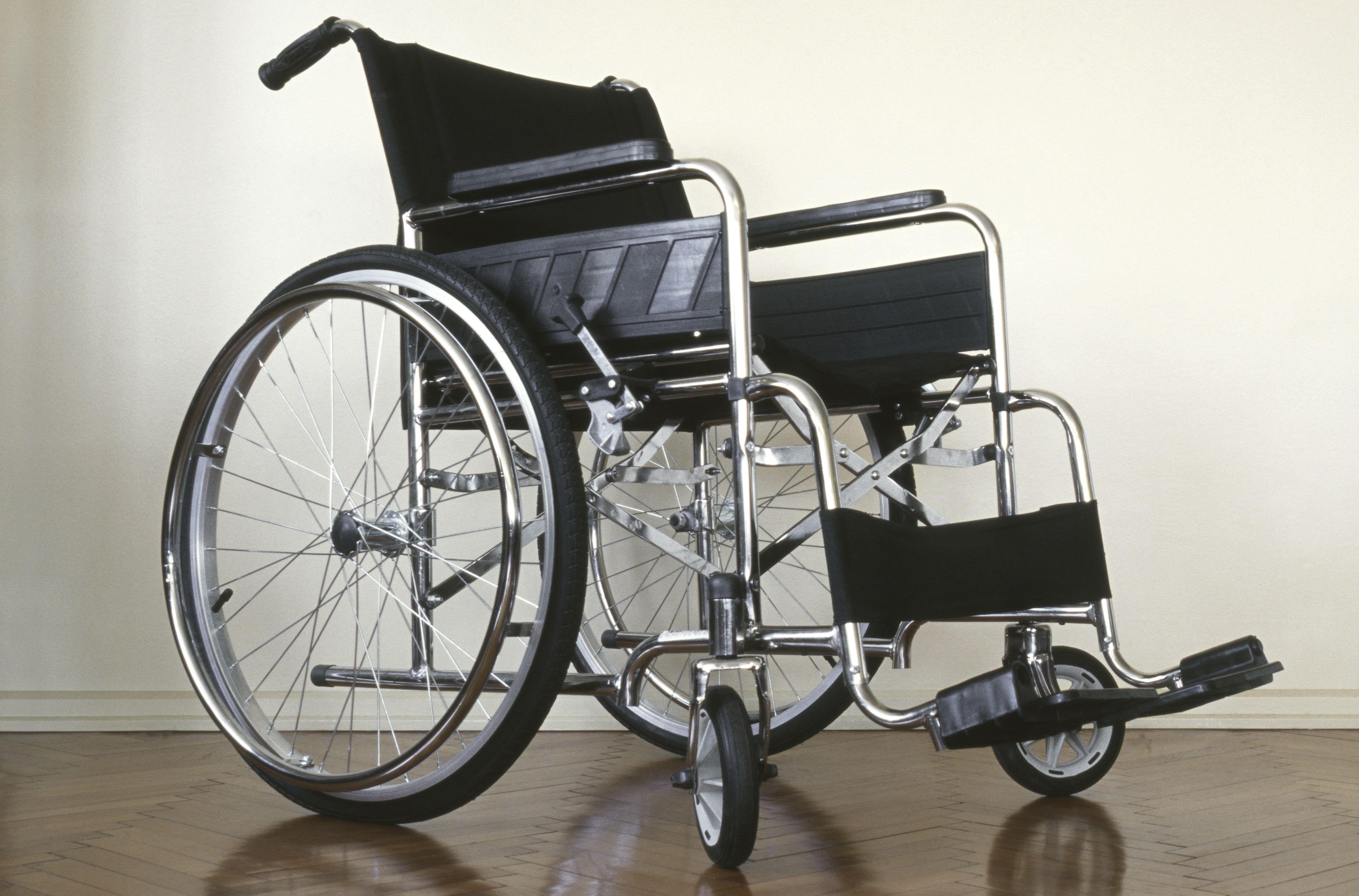 Ortopedia con sillas de ruedas