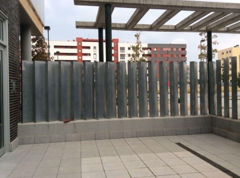 Construcción de toda clase de cerramientos para comunidades y particulares