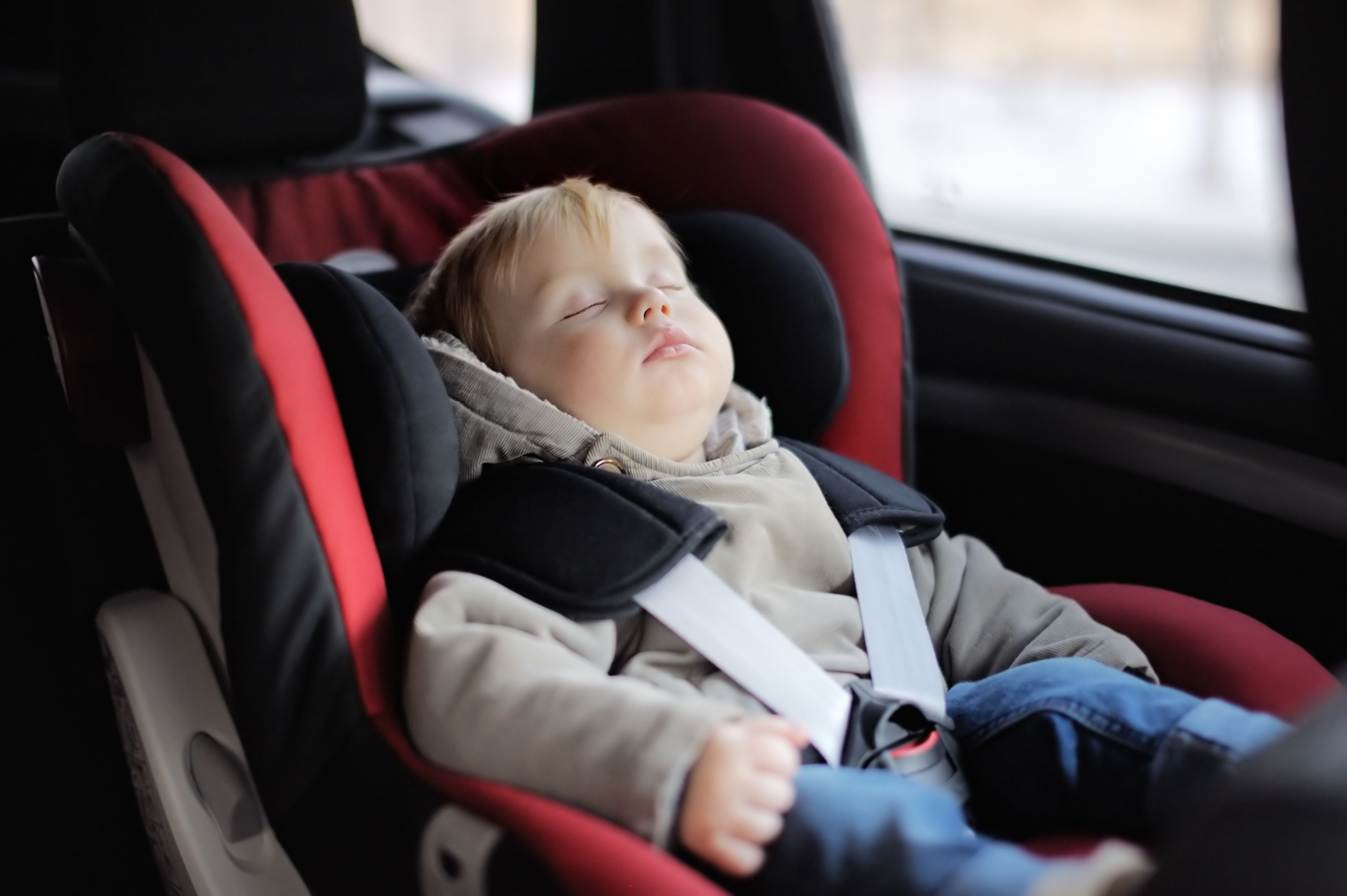 Sillas para niños: Servicios de Taxis Aeropuerto Madrid