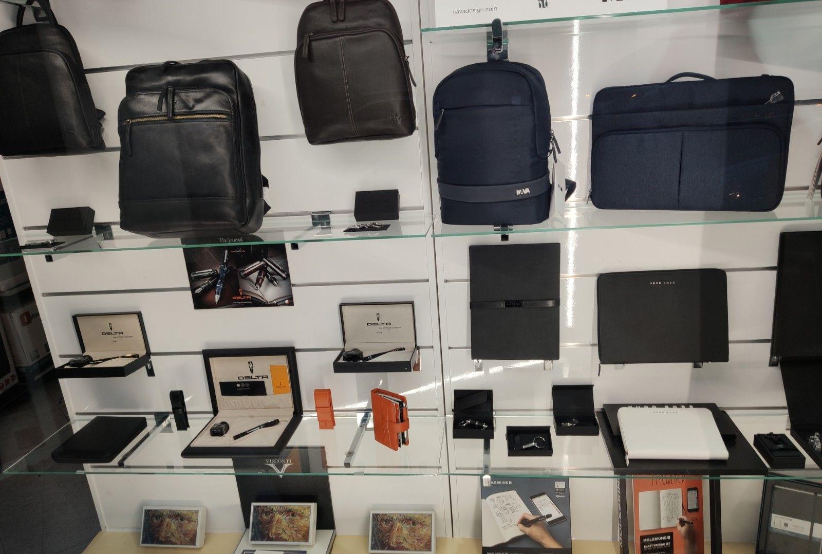 Nueva colección en mochilas, maletines, agendas...Un regalo perfecto!
