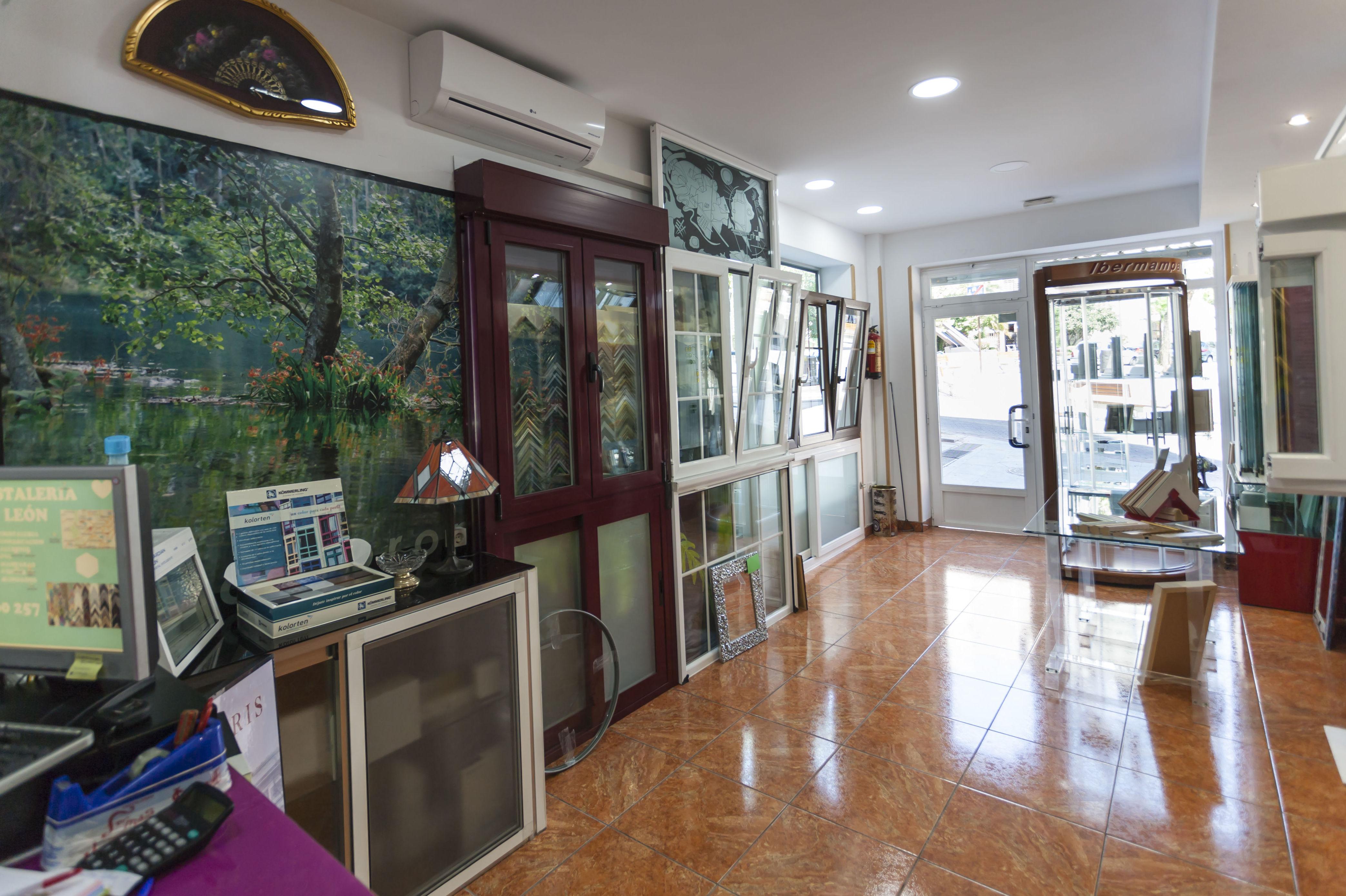 otra vista, ventanas de aluminio y pvc/cristaleria