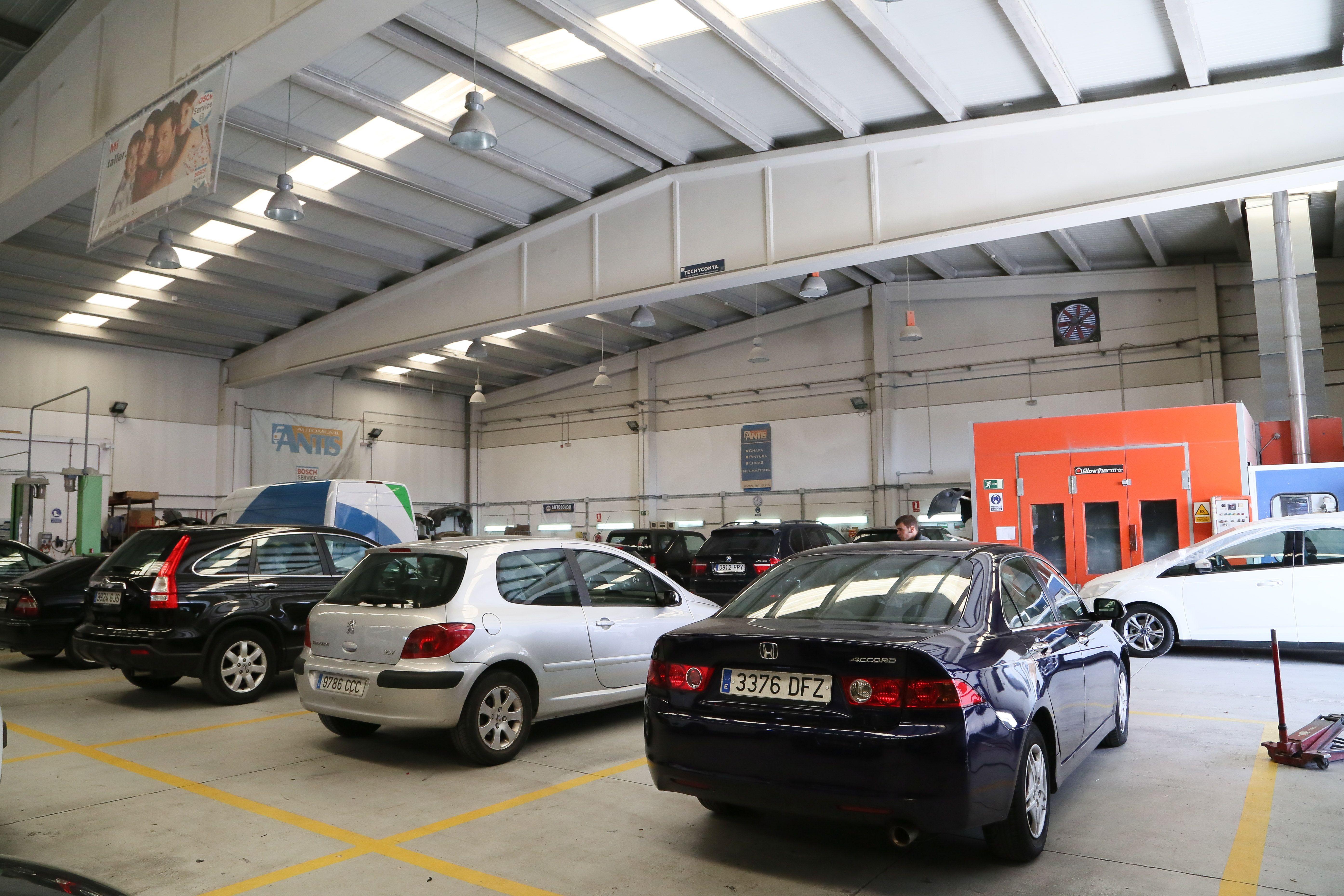 Foto 13 de Compraventa de automóviles en Guadarrama | Talleres Antis