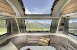 Caravana claraboyas panorámicas en asturias