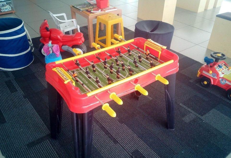 Futbolín, Zona Infantil. Caravanas Costa Verde