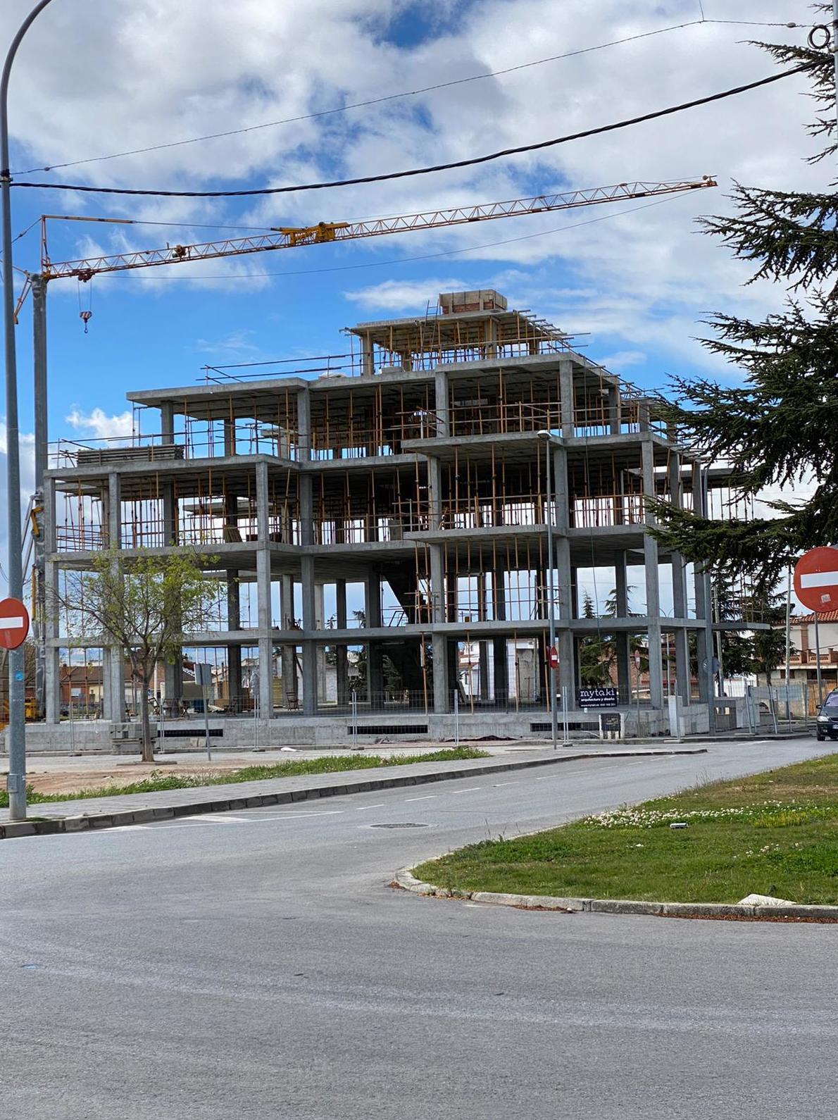 Ya está construida la estructura de Edificio Magnolia en Albolote