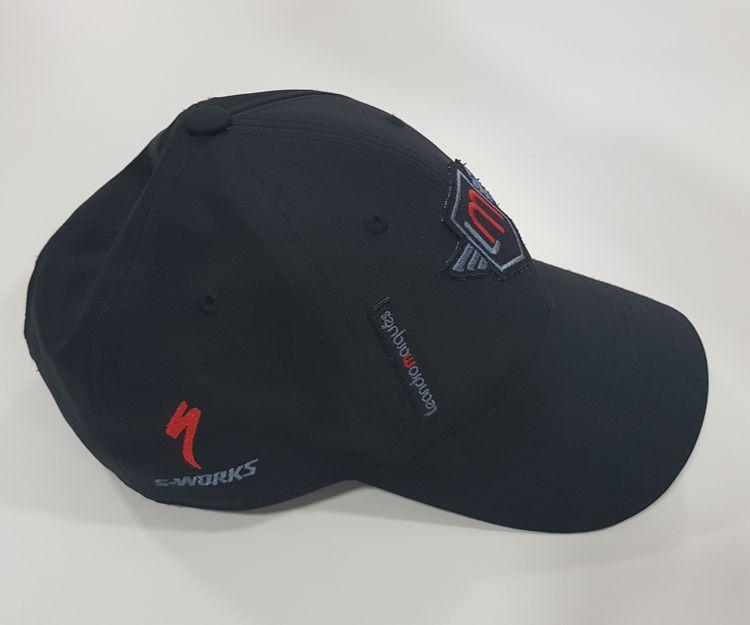 Confección de bordados para gorras en Valedepeñas
