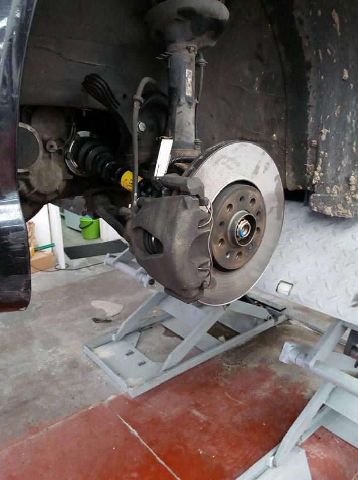 Montaje y equilibrado de neumáticos: Taller de vehículos de Bricar Boxes