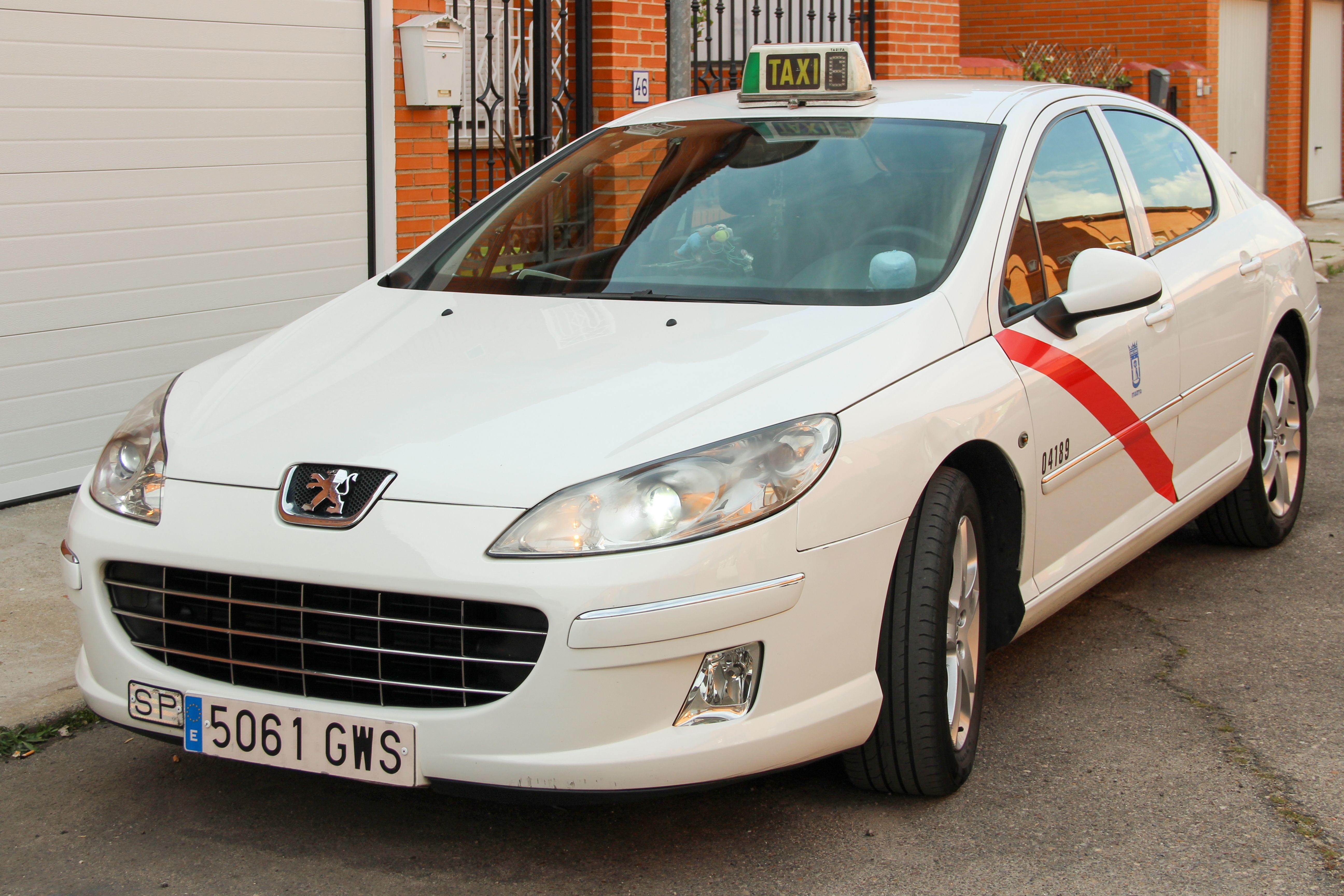 Servicio de taxis al aeropuerto en Navalcarnero