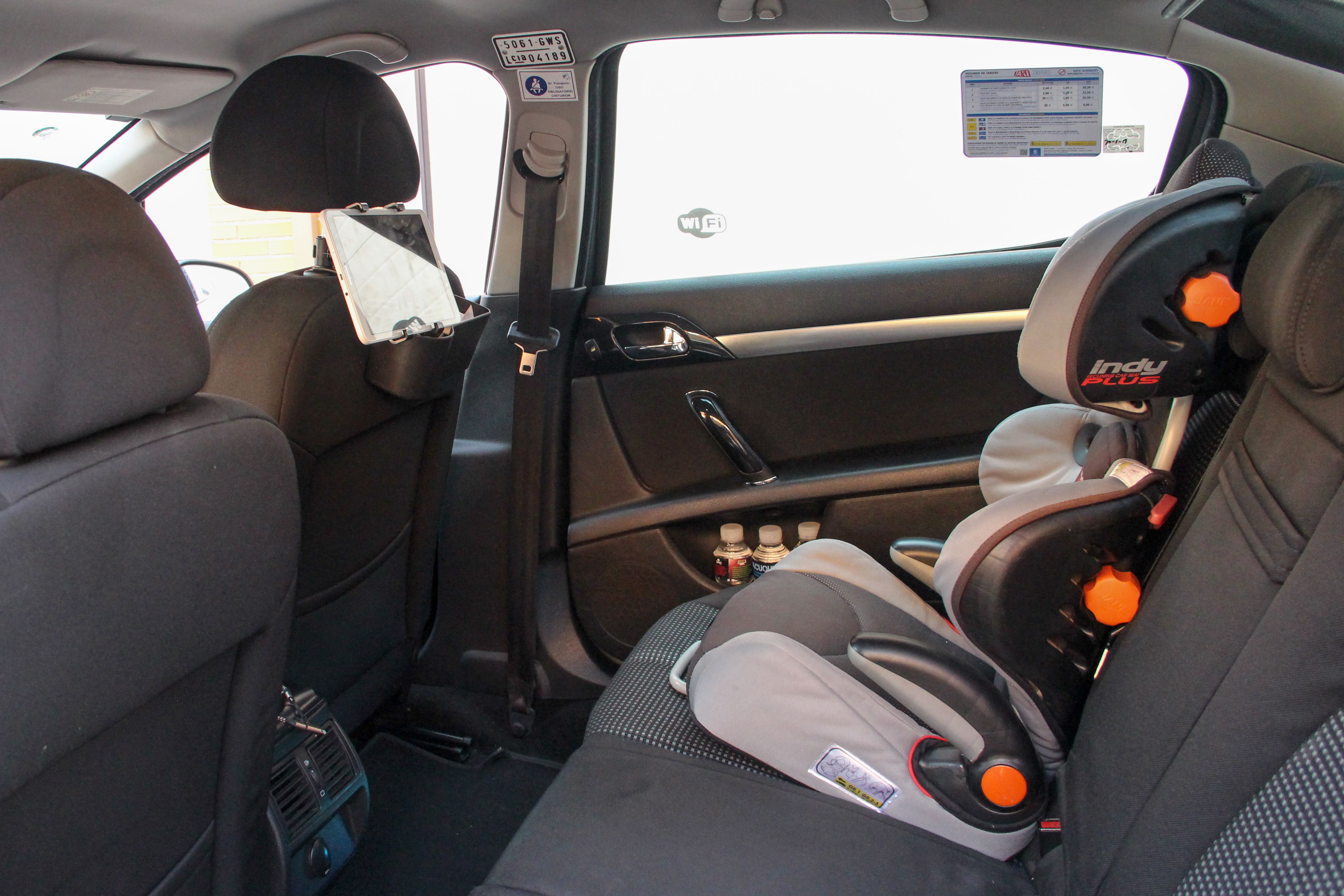 Taxis con silla de bebé en Leganés