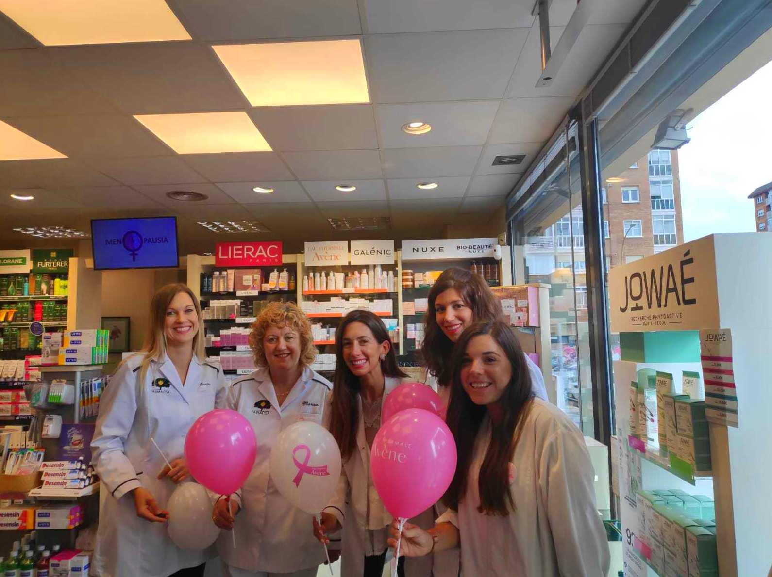 Laboratorios Avéne y nosotras en el Día Mundial en la LUCHA contra en cáncer de mama.