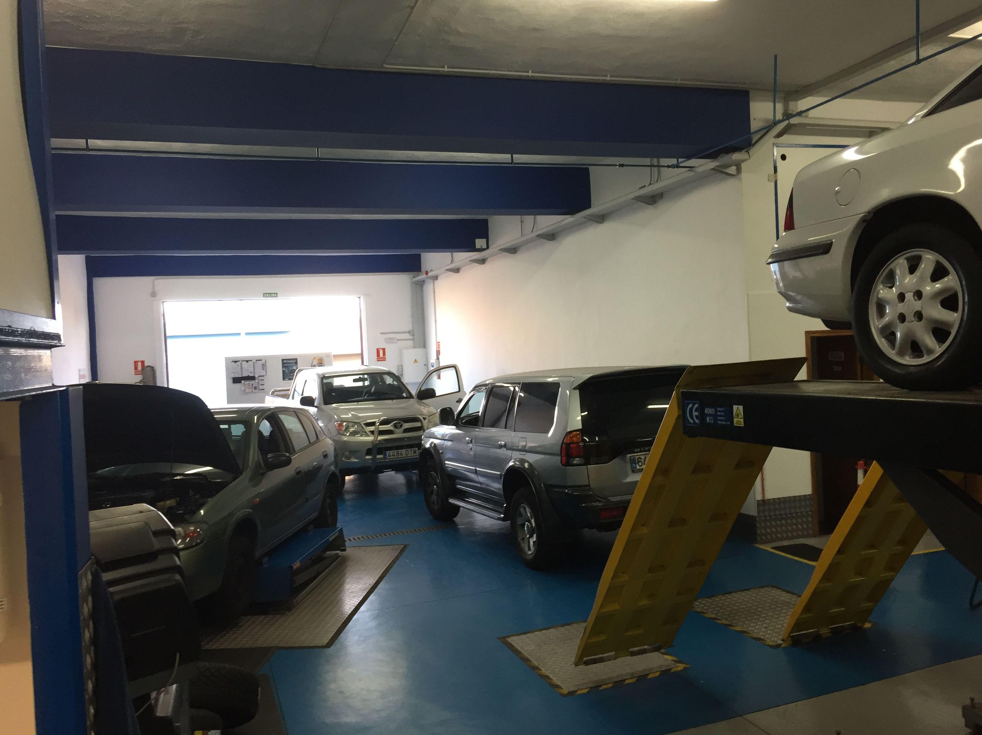 Foto 84 de Talleres de automóviles en Tacoronte | Centro Auto Dahsys