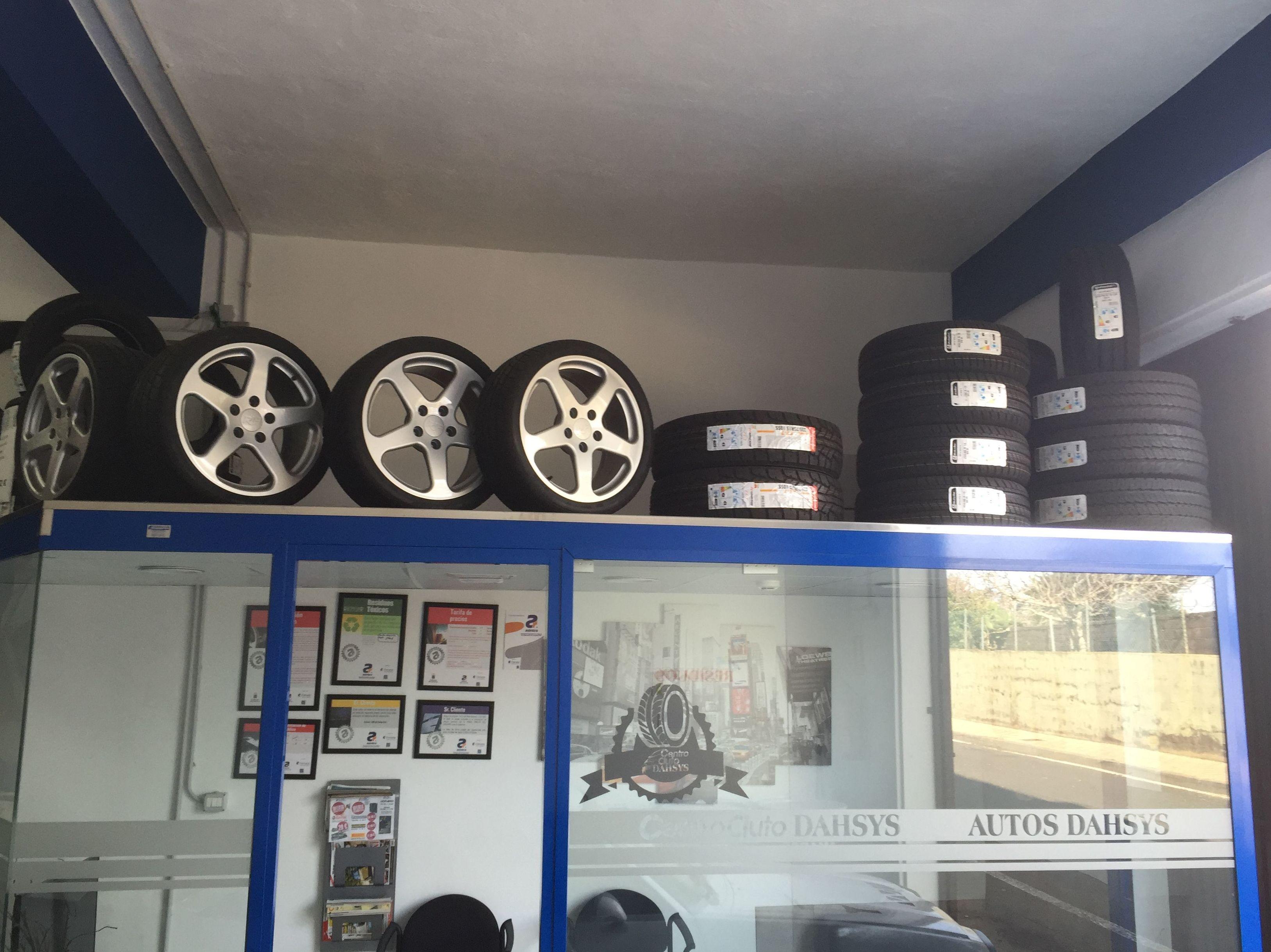 Foto 43 de Talleres de automóviles en Tacoronte | Centro Auto Dahsys