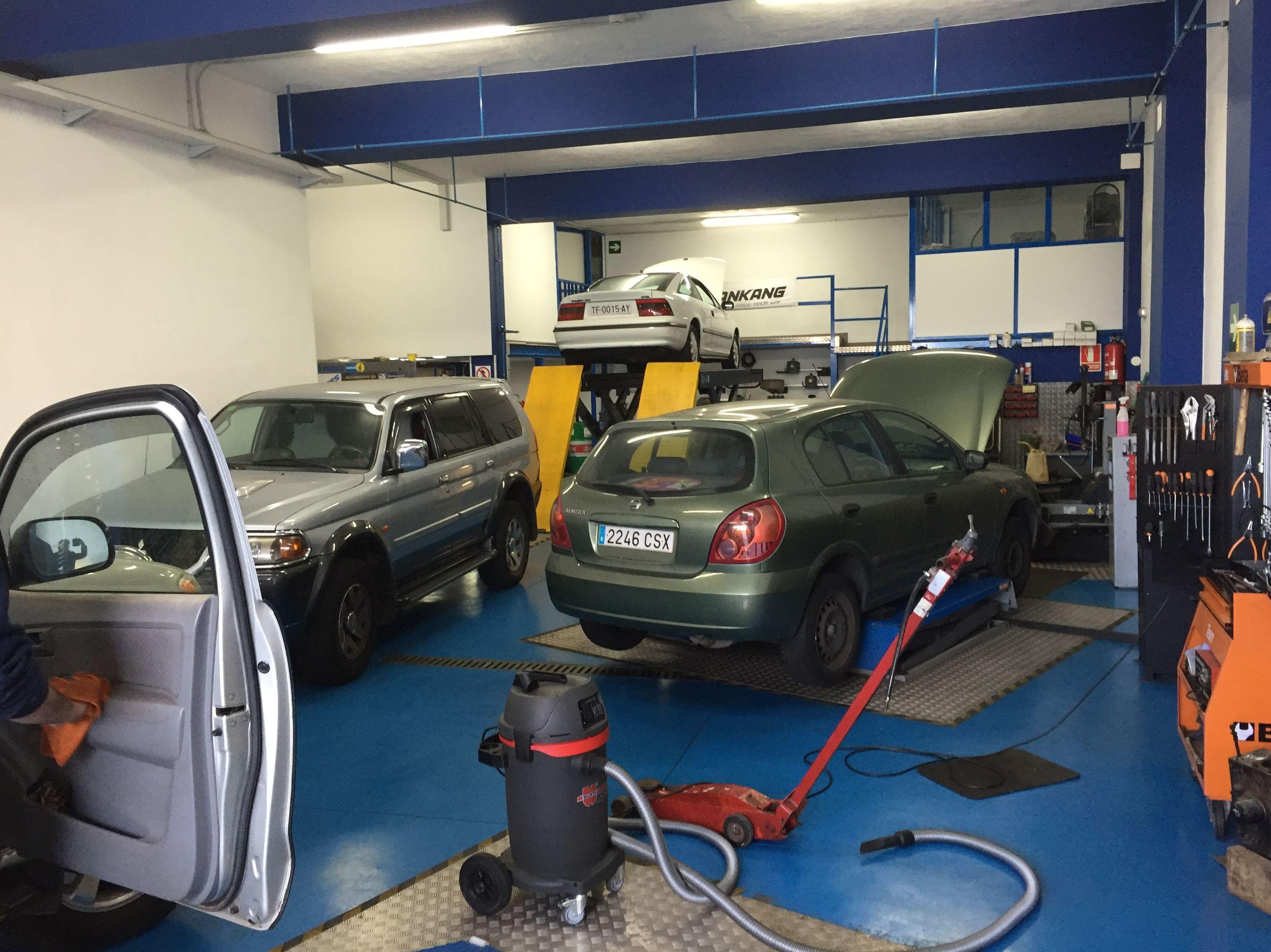 Foto 83 de Talleres de automóviles en Tacoronte | Centro Auto Dahsys