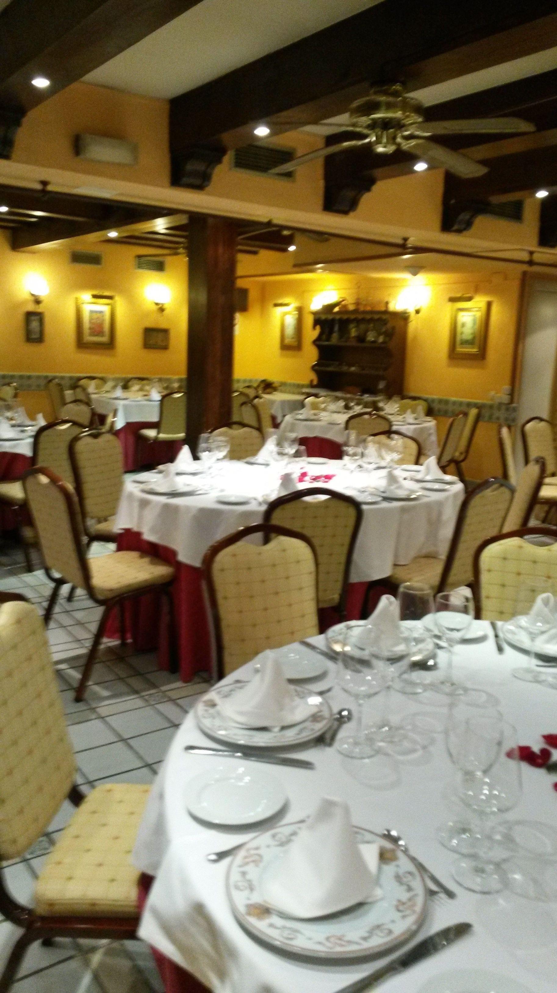 Foto 31 de Cocina tradicional en Madrid | Restaurante Mesón Del Cid