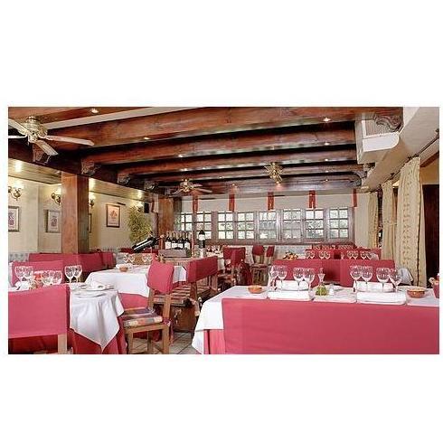 Salón Reyes de Castilla: Nuestra Carta y Servicios de Restaurante Mesón Del Cid
