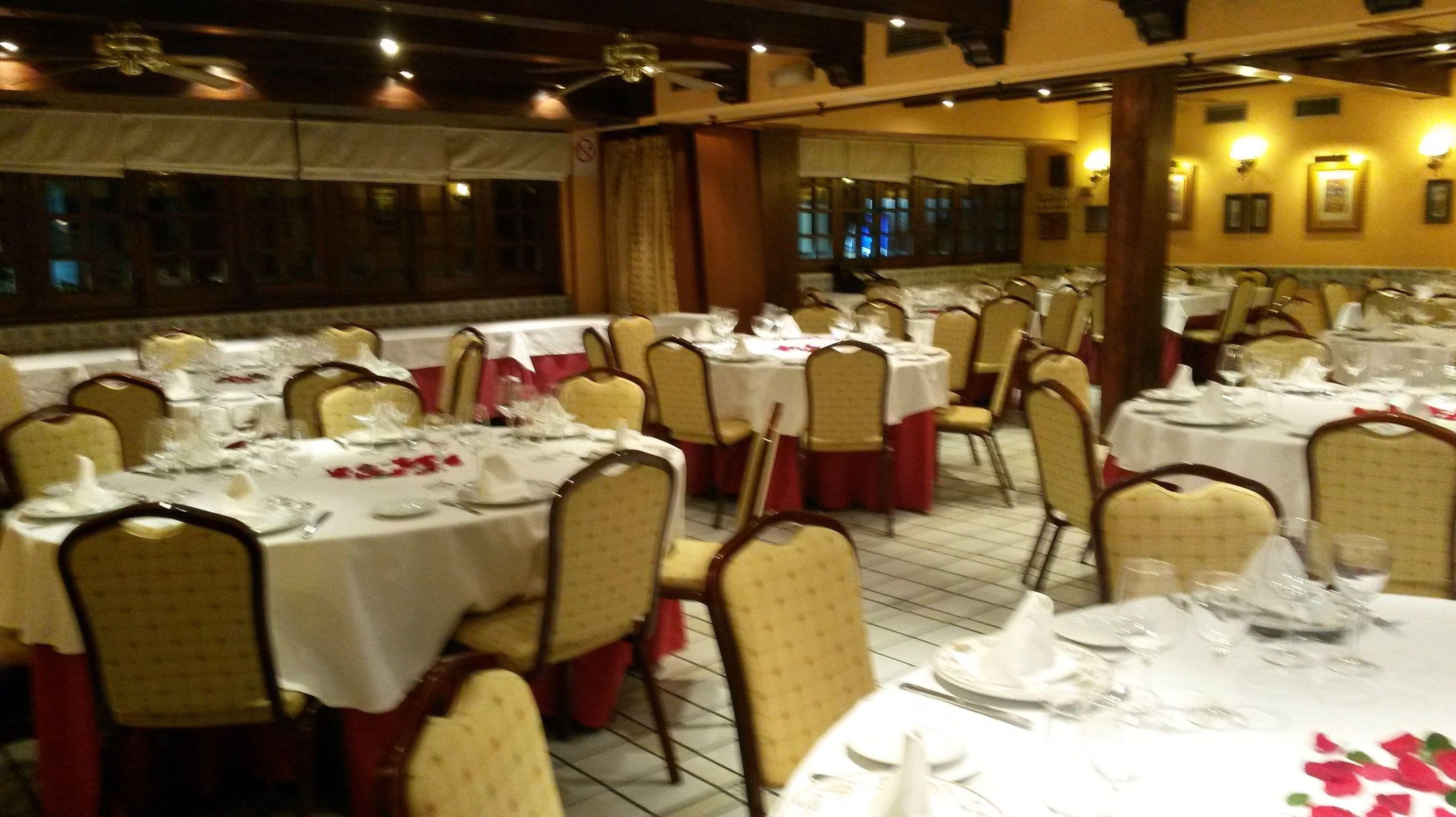 Foto 33 de Cocina tradicional en Madrid | Restaurante Mesón Del Cid