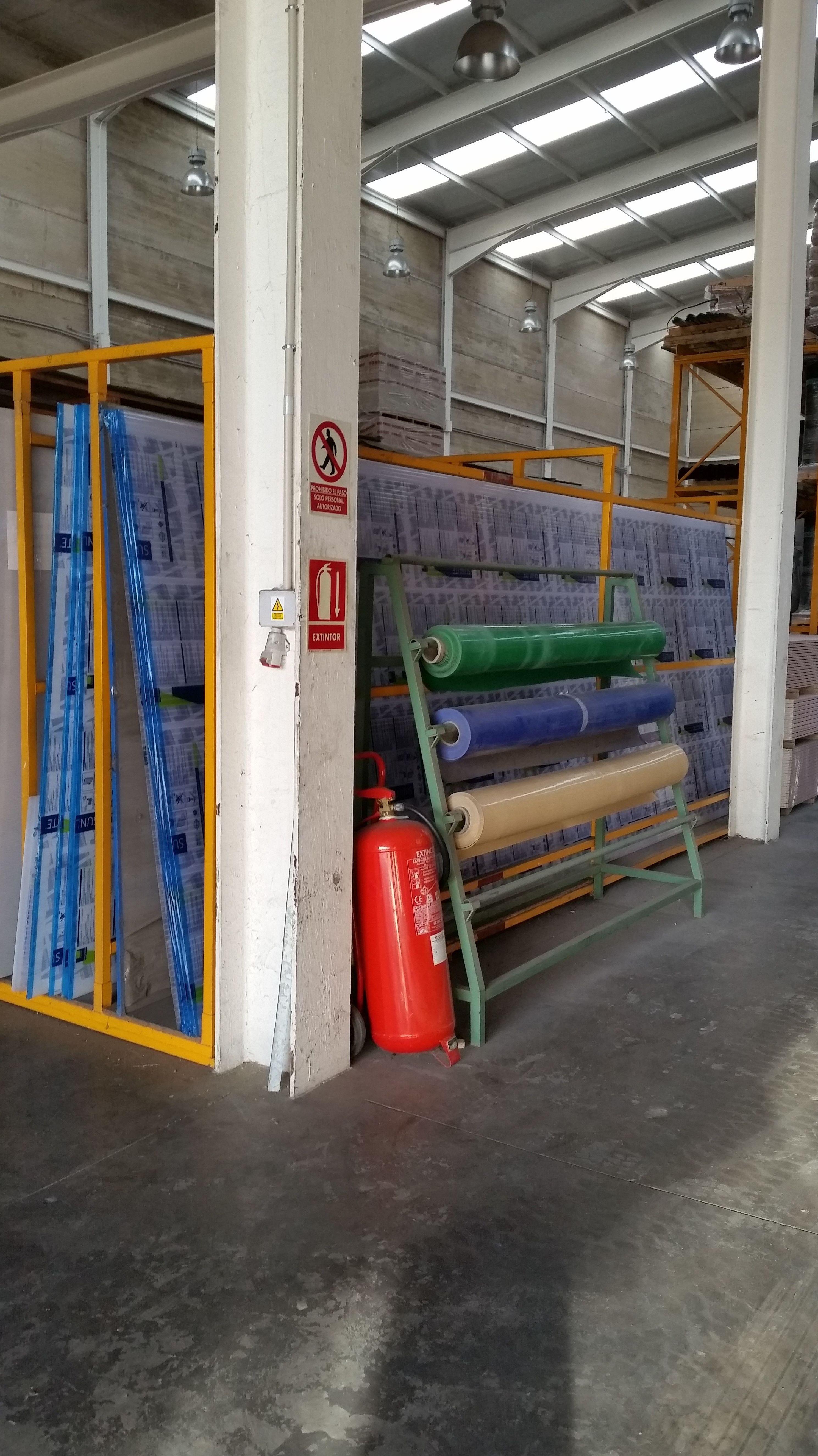 Insonorización acústica. Aislamiento térmico. Impermeabilización de terrazas