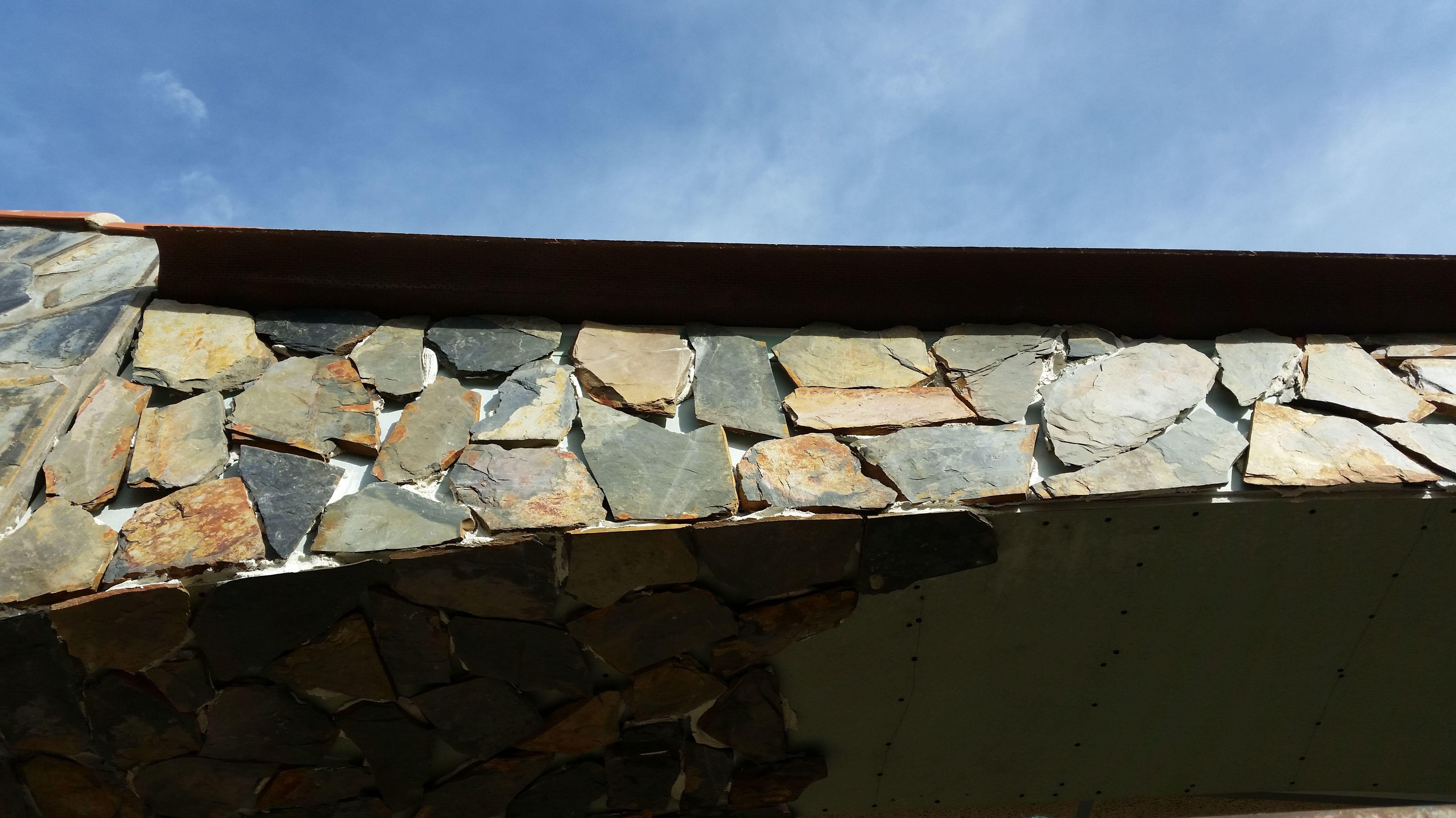 Pegado de piedra exterior