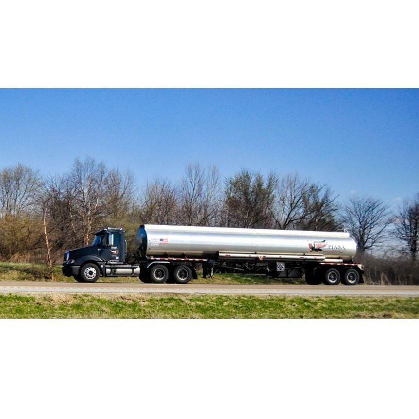 Camiones cisterna: Servicios de Benigno Casal Montero