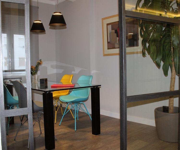 Sala de reuniones del despacho de abogados en Zaragoza